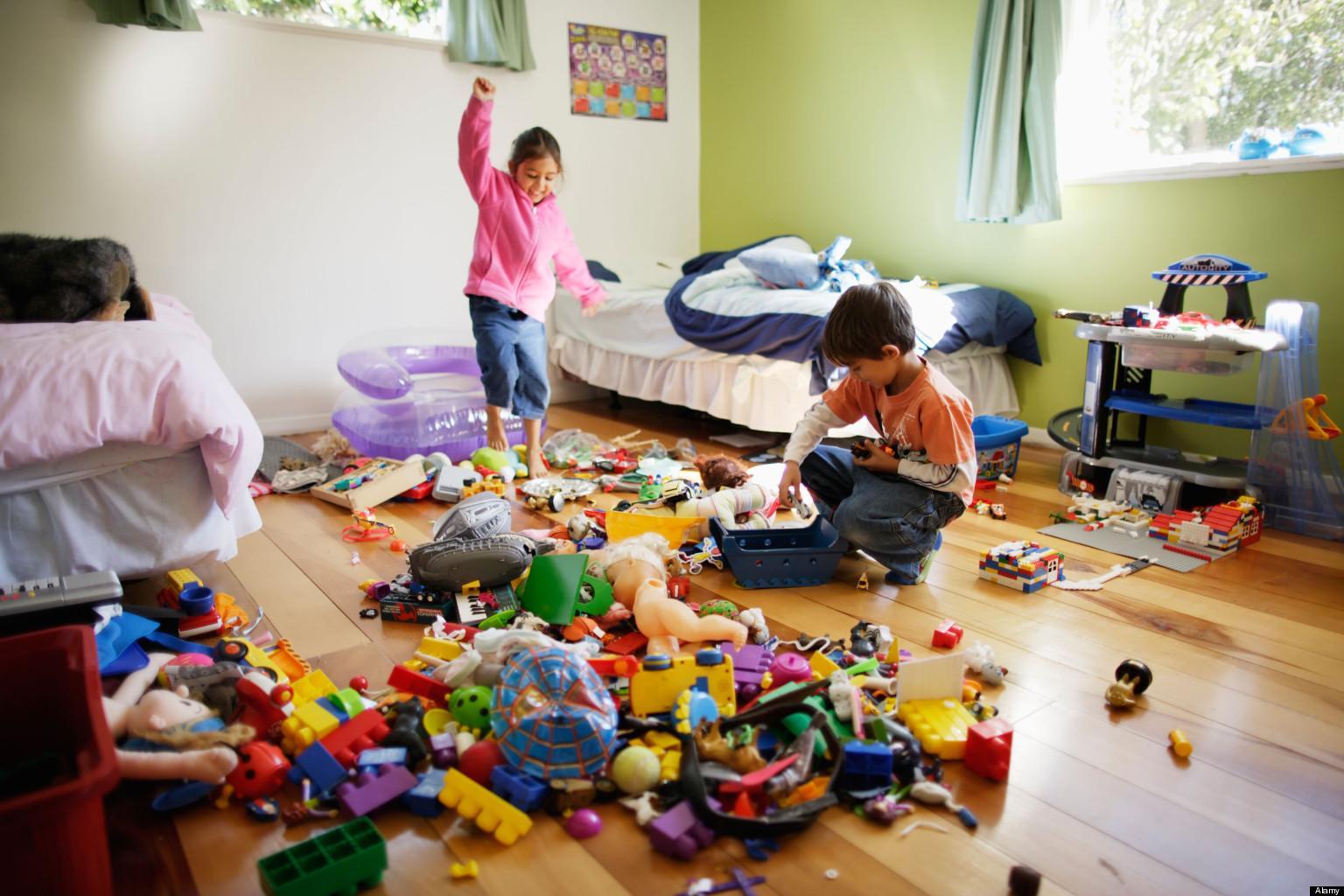 Научить убирать ребенка игрушки - это возможно!